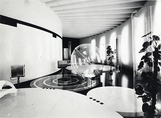 Lo Studio esordì con un successo: vinse il Concorso internazionale per il progetto del Padiglione Italia alla XIV Triennale di Milano del 1968