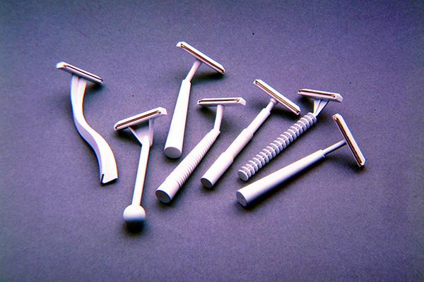 Tra i prodotti ideati e progettati da Studio MID design/comunicazioni visive, che ancora oggi sono in commercio e in uso, c'è il rasoio Bic Black (1975) e il flacone per il Bialcol (1985)