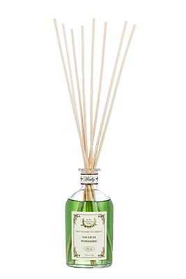 Si ispirano agli odori che scaturiscono dalla natura, come boschi, radure ed orti, le nuove essenze di Wally 1925