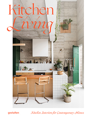 "La cover del libro<a href=""https://gestalten.com/products/kitchen-living""><em> Kitchen Living</em></a> di Tessa Pearson (<a href=""https://gestalten.com"">Gestalten</a>, 256 pp, 39,90 euro – in inglese). In uscita il 22 gennaio 2019"