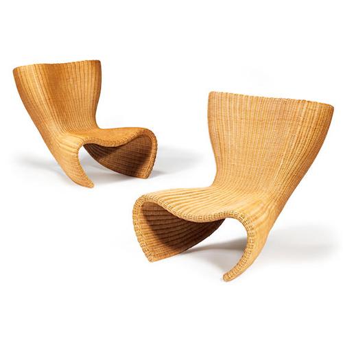 """In casa <a href=""""http://www.bonhams.com"""">Bonhams</a> ci si incontra il 16 gennaio alle ore 12:00 (italiane) a Edinburgo per Home &amp; Interiors. In foto una coppia di sedie in vimini progettate dal designer australiano Marc Andrew Newson con un valore tra i 3.300 e i 5.600 euro"""