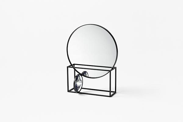 <em>Tangent</em> nella versione specchio (foto Akihiro Yoshida)