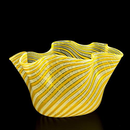 Il vaso Fazzoletto di Fulvio Bianconi per Venini, 1949