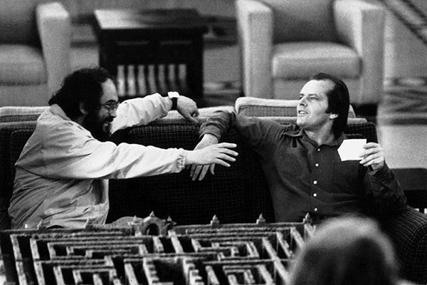 Stanley Kubrick e Jack Nicholson sul set di <em>Shining</em> (foto  Warner Bros. Entertainment Inc)