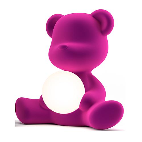 Teddy Boy Lamp: Stefano Giovannoni per Qeeboo trasforma un simpatico orsetto in una lampada da tavolo