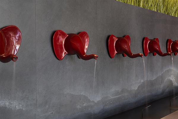 Eleph, sculture in ceramica (foto Filippo Romano)