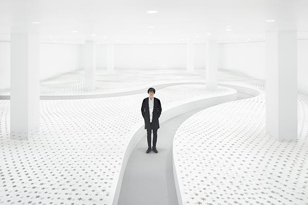 """Oki Satoha progettatoper Daikin<em>Breeze of light: </em>un'installazione legata al tema di """"invisibilità dell'aria"""""""