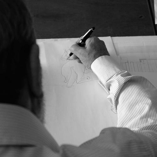 SIENA - Arriva in Toscana la mostra itinerante<em>Álvaro Siza. Viagem sem Programa</em>, l'esposizione che racconta il lato privato dell'architetto portoghese. Si possonoammirare infatti53 opere tratte dai suoi quaderni di appuntirealizzati in un arco temporale di oltre 60 anni.Al museo Santa Maria della Scala, fino all'8 settembre con ingresso gratuito per gli architetti (la foto è diRaul Betti)