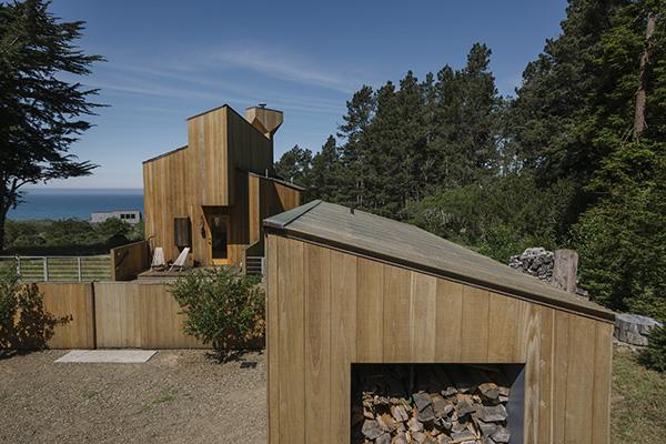 The Rush House, costruita nel 1970 da Charles Moore e William Turnbull Jr., a Sea Ranch, sulla costa della contea di Sonoma in California (© 2019 New York Times News Service)