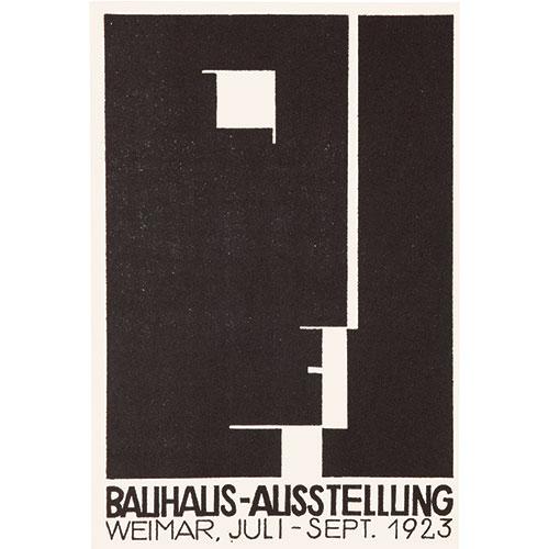 """COPENAGHEN - Anche il  <a href=""""https://designmuseum.dk/en/"""">Design museum danese</a> partecipa alle celebrazioni internazionali dei <a href=""""https://design.repubblica.it/2019/02/16/bauhaus-i-padri-del-design/"""">100 anni del Bauhaus</a> con <em> #itsalldesign</em>. Espone esempi rari nei campi del design, dell'architettura, dell'arte, del cinema e della fotografia con lo scopo di rivelare quanto la scuola sia sorprendentemente ancora così attuale e come continua a influenzare designer, artisti e architetti contemporanei. Fino al 1 dicembre (in foto una cartolina del 1923 realizzata dall'artista e grafico austriaco Herbert Bayer)"""