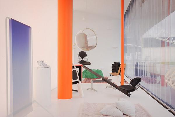 L'installazione <em>Twentythirtyfive</em>  immagina la casa di un teenager di oggi nel 2035 (copyright: Vitra, photography: Joshua Osborne)