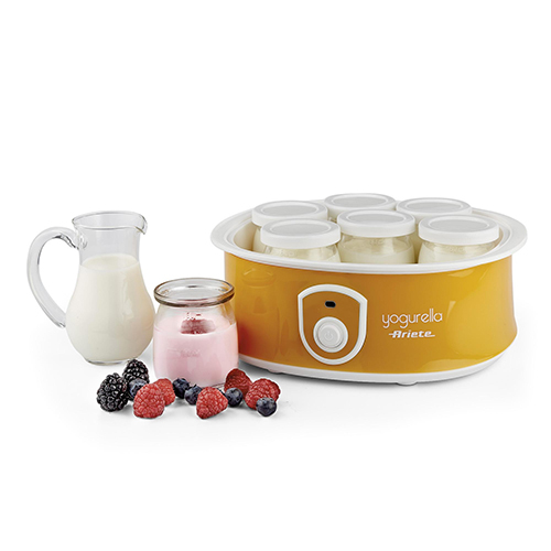 La nuova Yogurella di Ariete prepara fino a 1,3 litri di yogurt in sole 12 ore. Realizza contemporaneamente 7 gusti differenti grazie ad altrettanti vasetti in vetro in cui versare gli ingredienti. I tappi inclusi permettono di portarli anche fuori casa