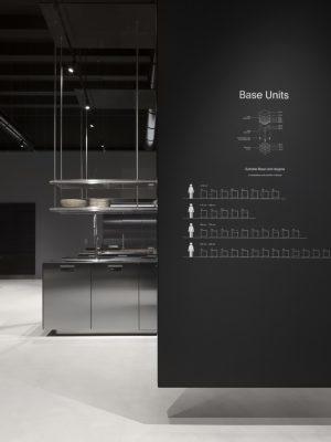 Isola Italia Professional Space: disegnata per la prima volta da Antonio Citterio nel 1988, è la cucina professionale pensata per l'ambiente domestico