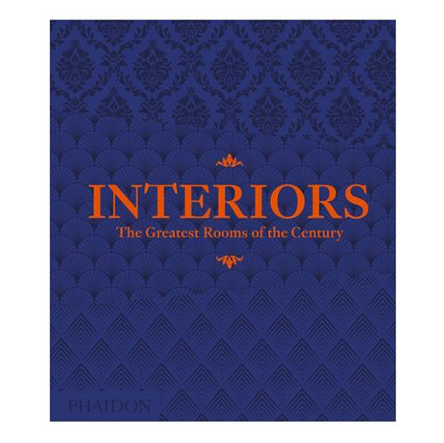 """Siete in cerca di ispirazione per la casa? <em>Interiors: The Greatest Rooms of the Century </em>(<a href=""""https://de.phaidon.com"""">Phaidon</a>, 448 pp, 69,95 euro - in inglese)è una raccolta delle 400 stanze più belle realizzate dall'inizio del XX secolo a oggi in tutto il mondo"""