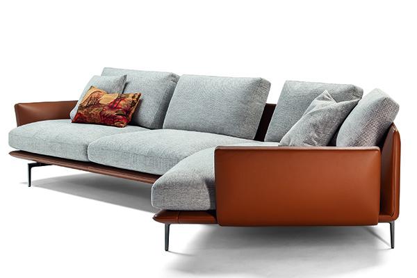 Dopo Let it Be e Come Together,Ludovica e Roberto PalombaprogettanoGet it Back,un divano ampio e confortevoleche è un nuovo omaggio ai Beatles