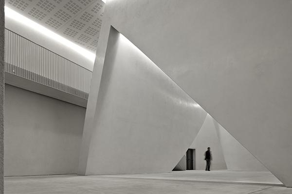 Il nuovo Teatrino di Palazzo Grassi il cui recupero e trasformazione è stato curato da Tadao Ando (foto ORCH)