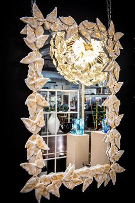 Specchio farfalla vetro di murano bianco e oro