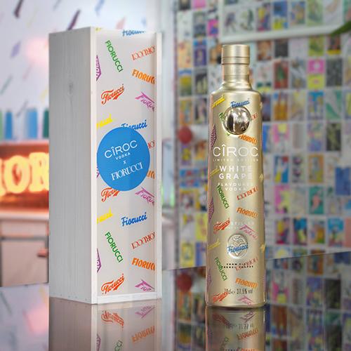 """Il gusto di <a href=""""https://www.ciroc.com"""">Ciroc Vodka </a>incontra la moda Fiorucci in un'edizione limitata che si può anche personalizzare con un messaggio"""