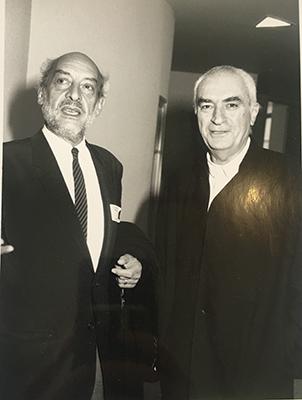 <em>Punti di Vista</em> <br> Nel 1994 al Guggenheim con Massimo Vignelli, designer e grafico autore fra l'altro di una celebre mappa della metropolitana di New York. L'occasione era un dibattito sulla mostra The Italian Metamorphosis, 1943-1968