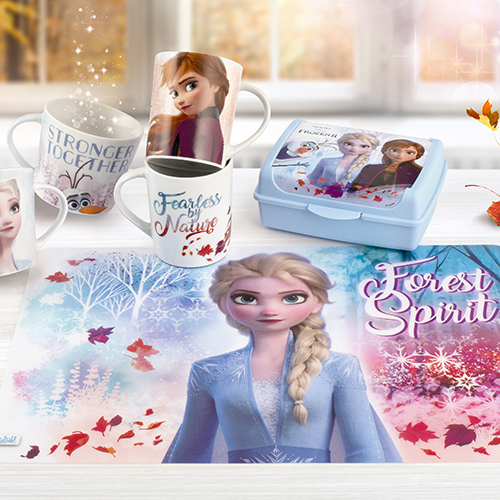 """La plastica? Per l'esperta Giorgia Fantin Borghi, è concessa solo ai bambini. Ma sempre a patto che si tratti di oggetti riutilizzabili come questi della linea <a href=""""http://www.lulabi.it"""">Lulabi</a> di Pengo che richiama il magico mondo di Frozen"""