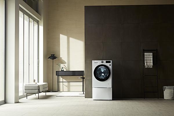 """La funzione TurboWash 360 della nuova gamma di lavatrici AI DD di <a href=""""https://www.lg.com/it"""">Lg</a>è in grado di garantire un lavaggio completo in soli 39 minuti, abbassando del 60% i tempi di lavaggio e di circa il 50% il consumo d'acqua ed energia"""