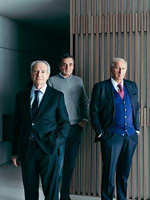 A sinistra Giovanni Anzani, AD di Poliform, con i cugini Alberto e Aldo Spinelli