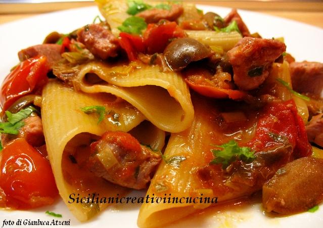 Pasta Al Tonno Fresco Con Capperi E Pomodorini Ricette Sicilianicreativiincucina D Repubblica It