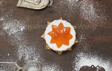 biscotti con grappa di moscato e marmellata