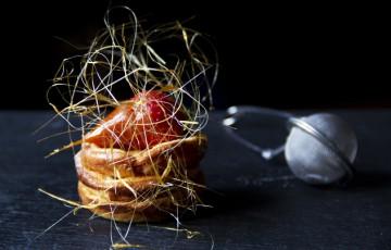 Mini clafoutis con fragole, profumato al Porto