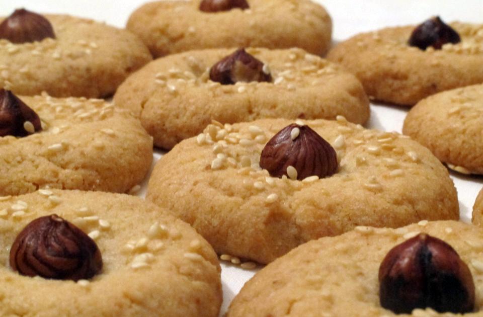 Ricetta biscotti nocciole senza burro