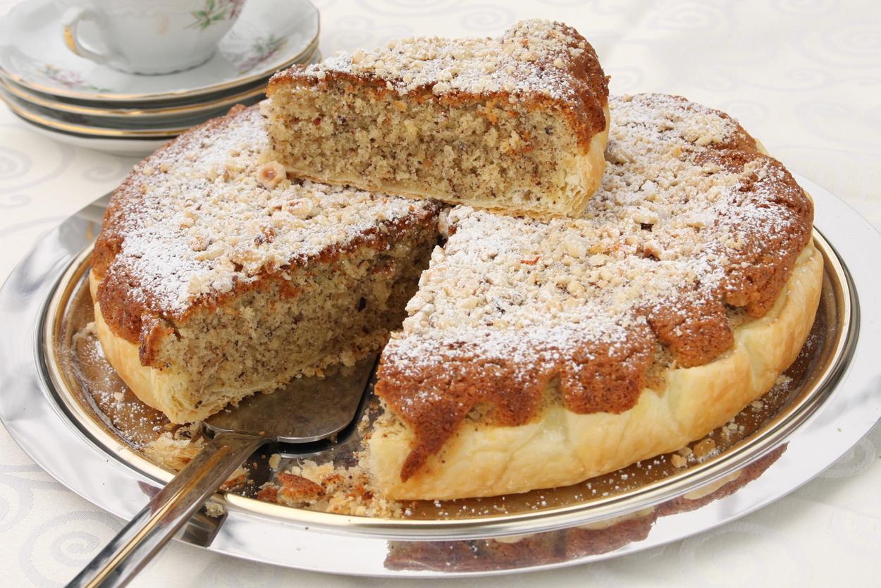 Torta sfogliata alle nocciole ricette solema d for Dolci e ricette