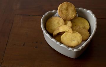 Biscotti con semi di lino e limone