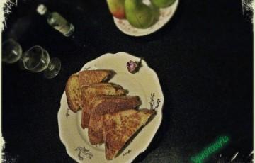 French toast ripieni di brie, pere e champignon