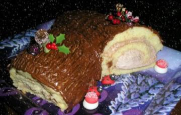 Tronchetto Di Natale Con Marmellata Di Castagne.Tronchetto Di Natale Con Crema Ai Marroni