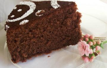 La torta al latte caldo e cioccolato - ricette Monica ...