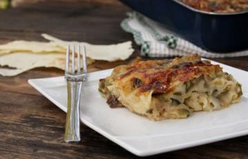 Lasagne o pasticcio di pane carasau