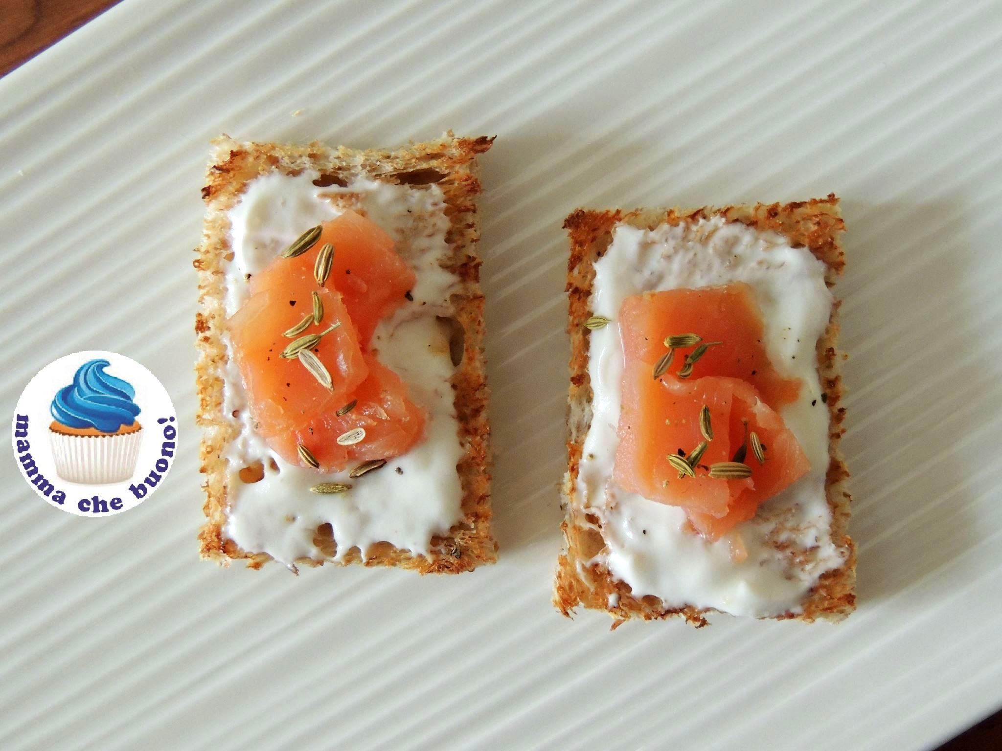 Ricetta Salmone Affumicato E Yogurt Greco.Crostini Al Salmone Salsa Yogurt Ricette Vale2105 D Repubblica It