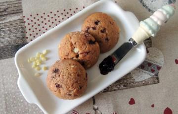 Biscotti morbidi amarene & cioccolato bianco