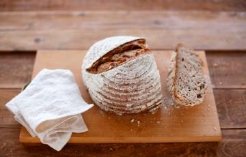 Pane con farina di lino