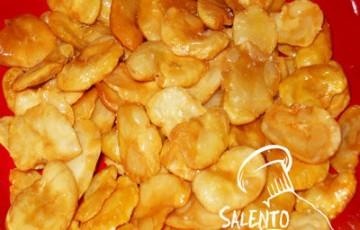 Fave nette fritte uno snack gustoso e nutriente