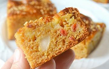 Torta di mele e pere integrale con confettura di bacche di Goji