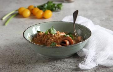 Zuppa di moscardini con patate e cavolfiore