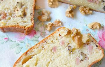 Plumcake gorgonzola, noci e mortadella