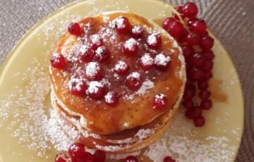 Pancakes con farina di riso e miele