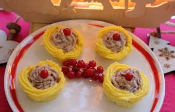 Cestini di patate con radicchio e salmone
