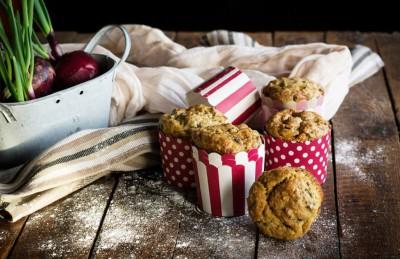 Muffin con carciofi e formaggio fresco