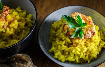 Risotto al limone con gamberi all'aglio