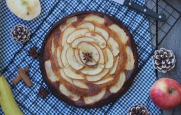 Torta con banana e mela