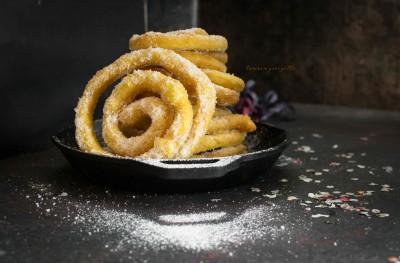 Frittelle lunghe (frisgiori longhi)