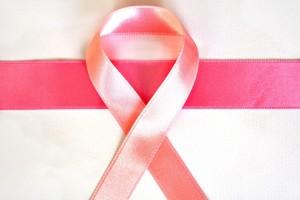 Tumore al seno avanzato, un nuovo farmaco approvato in Europa